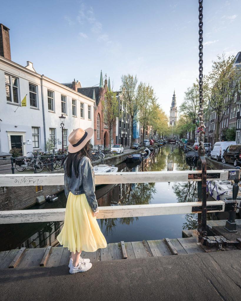 amsterdam-fritten-pommes-kibbeling-frikadelen-grachten-niederlande