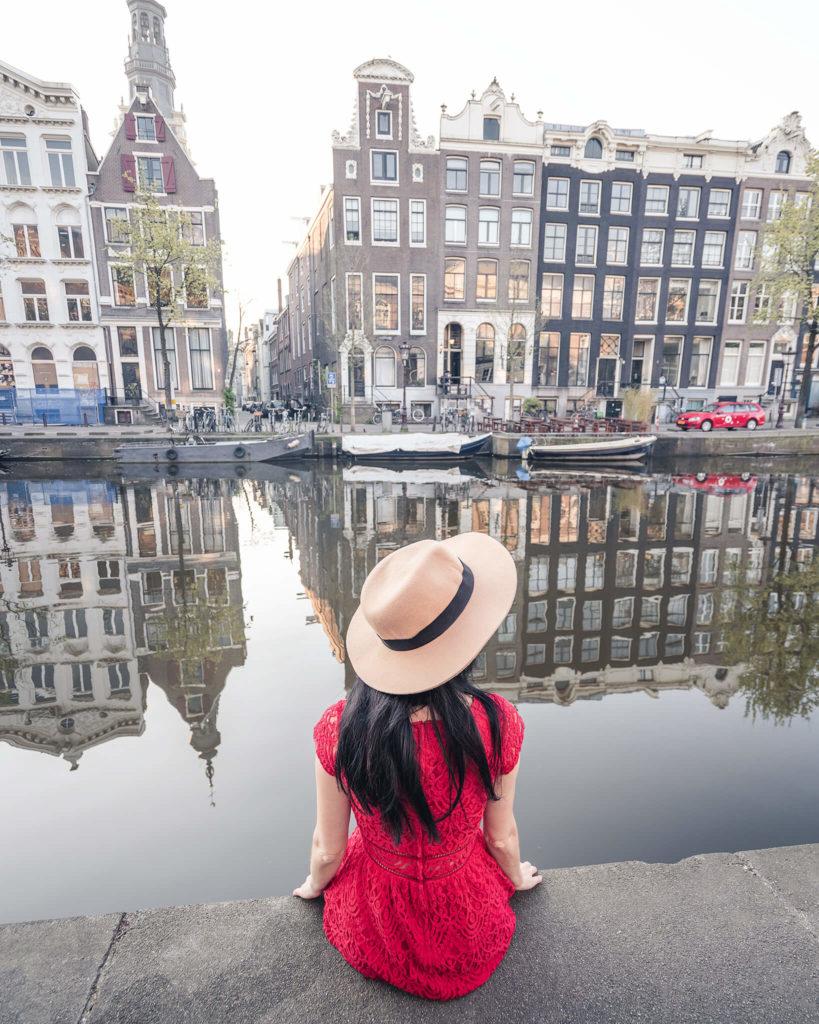 amsterdam-gondola-spiegelung-centraal-europe-blog