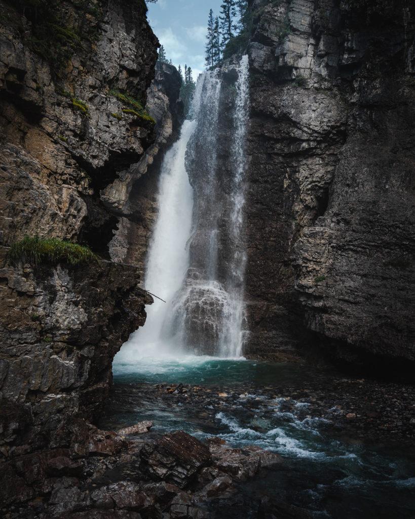 banff-nationalpark-erforschen-explore-outdoor-schlucht-wanderung