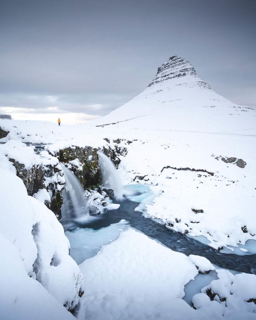 kirkjufell-waterfall-foss-iceland-europe
