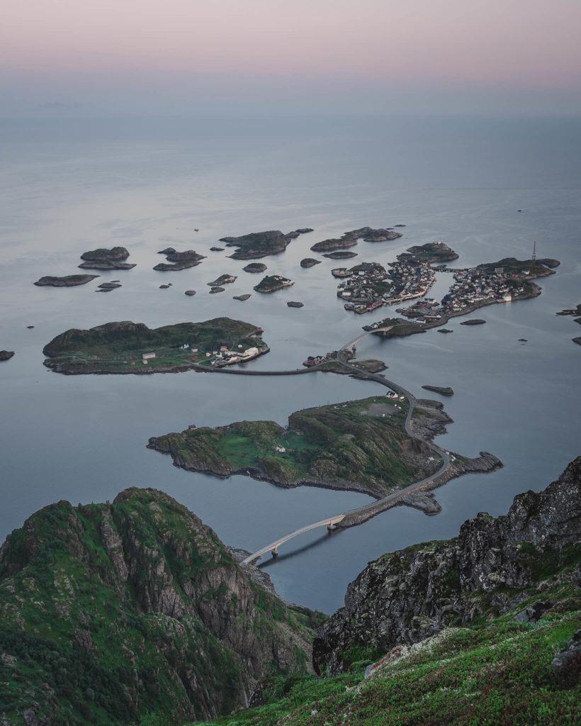 norways-lofoten-islands-heningsvaer-leknes