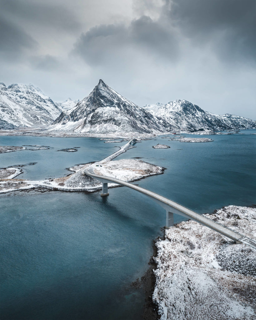 norways-lofoten-islands-norge-narvik-leknes-bridge