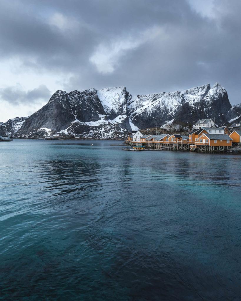 norways-lofoten-islands-sakrisoy-arctic