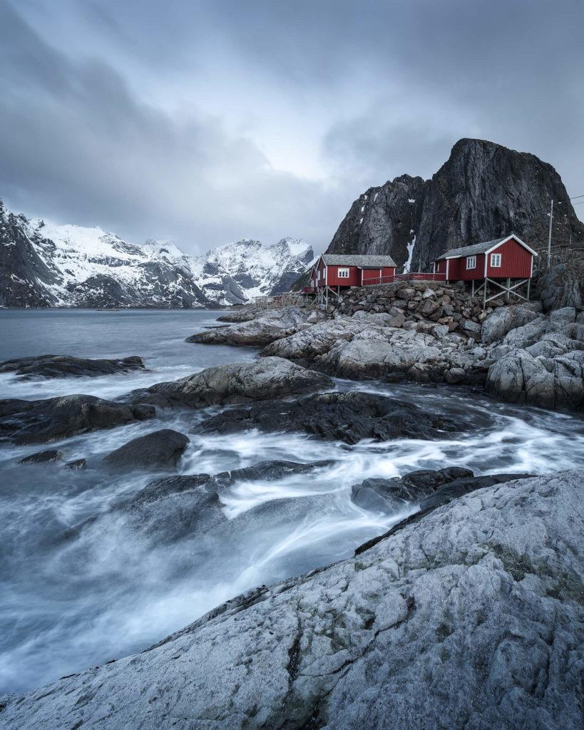 norwegen-exposure-hamnoy-red-cabin