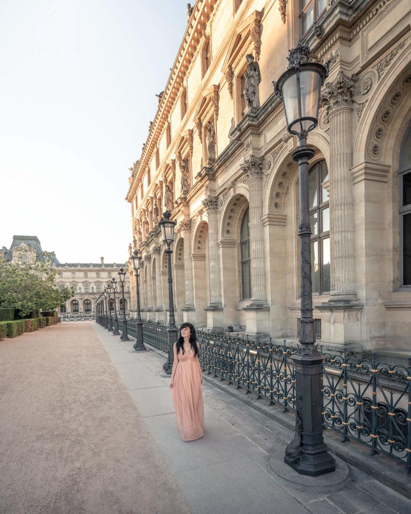 paris-france-louvre-museum-sunlight