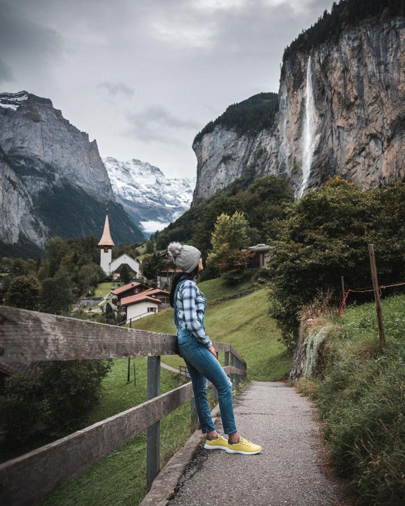 switzerland-schweiz-lauterbrunnen-village-waterfall-wasserfall